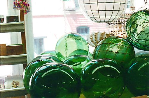 Film-cargoglassballs