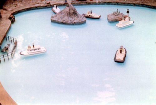 Efboats