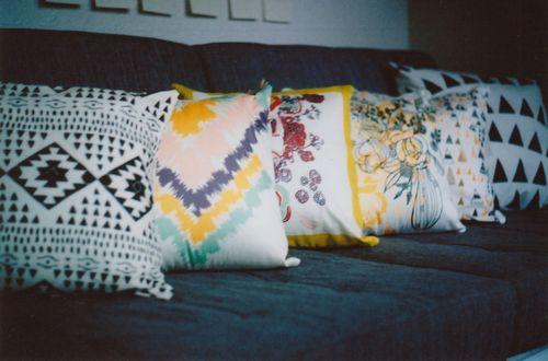 Pillows_straight_ahead